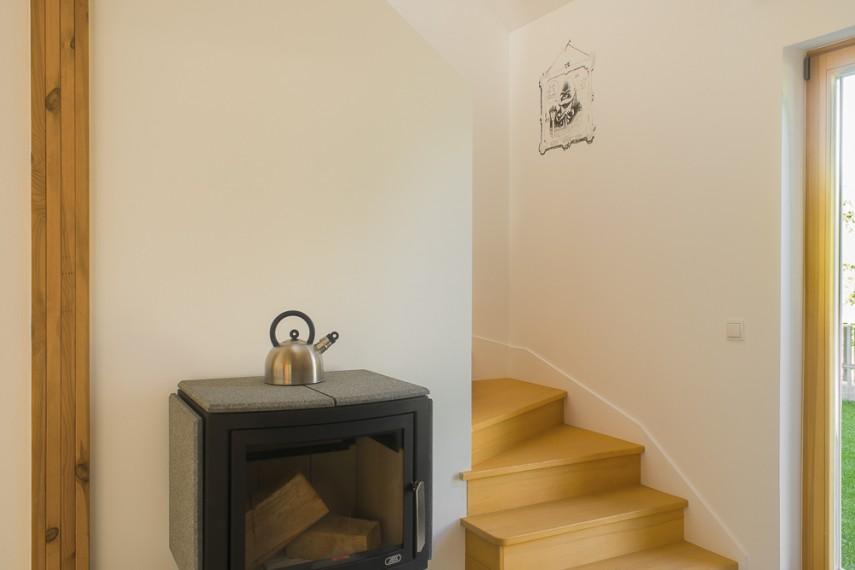 Simple House - klatka schodowa