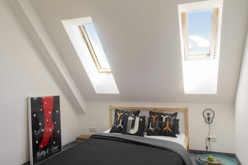 Simple House - sypialnia na górze